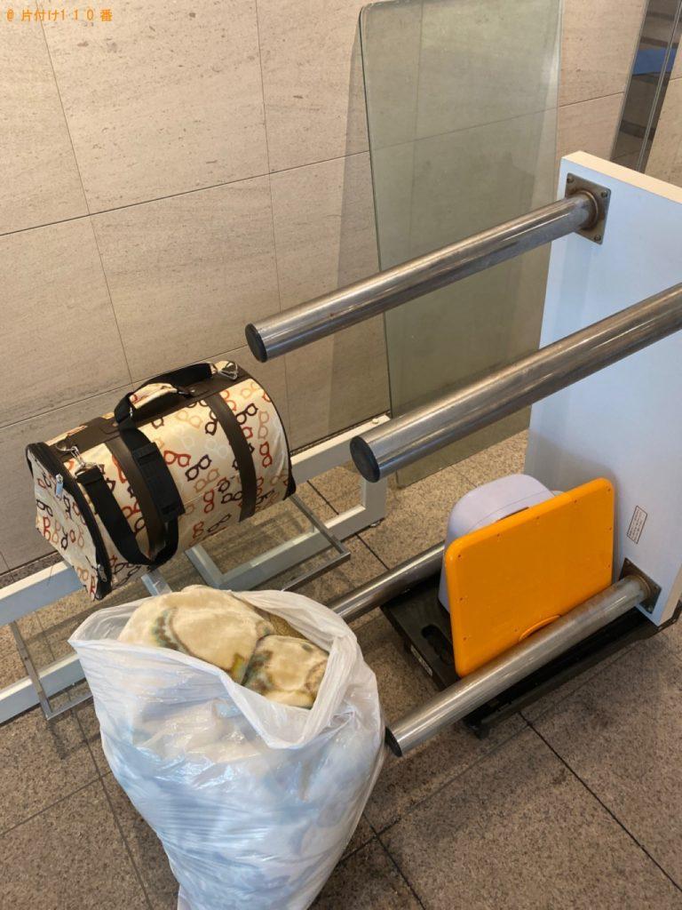 【江東区】遺品整理で二人用ダイニングテーブル、学習机の回収・処分ご依頼