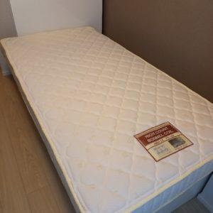 【葛飾区金町】シングルベッド(マットレス付) の回収・処分ご依頼