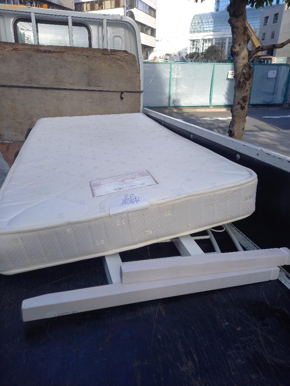 【港区】マットレス付きシングルベッドの回収・処分ご依頼