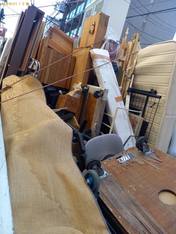 【練馬区】カーペット、椅子、ベッドマットレス、レジスター等の回収