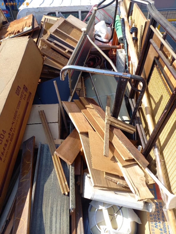 家具、椅子、工具、カーペット等の回収・処分