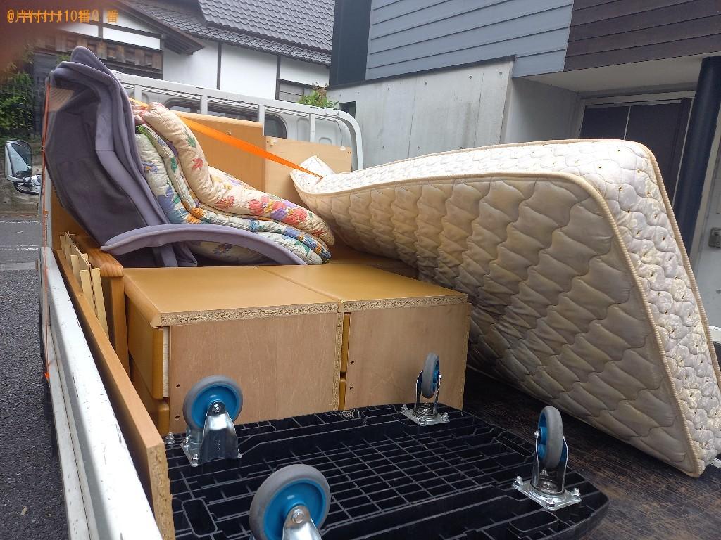 【世田谷区】マットレス付きシングルベッド、布団の回収・処分ご依頼
