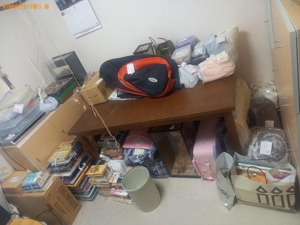 【東久留米市】四人用ダイニングテーブル、鏡台、一般ごみ等の回収